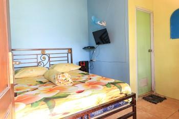 Penginapan Villa Surya Alam Pasuruan - Standard Room Special Deal