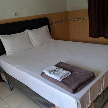 Hotel Srikandi Baru Yogyakarta - Double  Bed Room Only Regular Plan