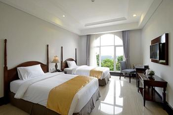 The Sahira Hotel Bogor - Deluxe Twin Room Only Regular Plan