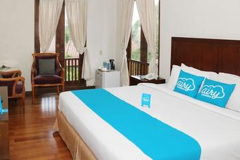 Airy Premier Sleman Raya Merapi Golf Cangkringan Yogyakarta - Superior Double Room with Breakfast Regular Plan