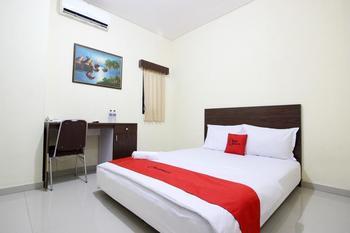RedDoorz Swakarya Kaliurang - RedDoorz Room Last Minute Deal