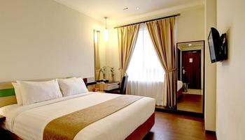 Hotel Dafam Pekalongan - Deluxe Double Room Only  Regular Plan