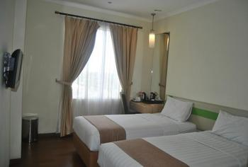 Hotel Dafam Pekalongan - Deluxe Twin Room Only Regular Plan