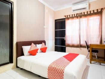 OYO 1700 Danurejan Guesthouse Yogyakarta - Suite Family Regular Plan
