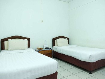 Hotel Martani Belitung - Standard Twin Room Regular Plan