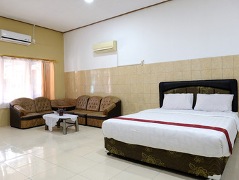 Hotel Martani Belitung - Super Big Family Room Regular Plan