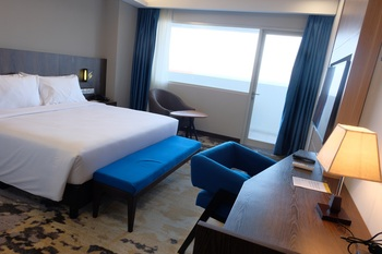 Golden Tulip Springhill Lampung Bandar Lampung - Deluxe Queen Sea View Regular Plan