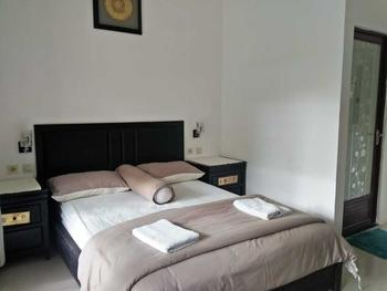 MyHomestay The Wisma Pulau Merah Banyuwangi - Gold Room Only Regular Plan