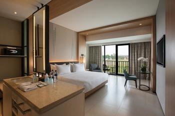 Hotel Santika Premiere Bandara Palembang - Deluxe Club King Offer Last Minute Deal