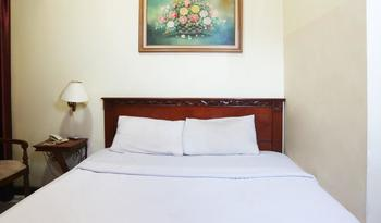 Hotel Farel Jakarta - Superior Room with Breakfast MINIMUM STAY 2 NIGHTS
