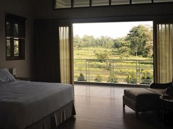 The Gecho Inn Country Jepara - Cottage King Room Regular Plan