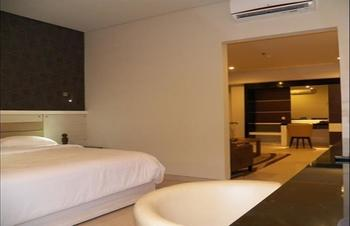 T-MORE Hotel & Lounge Kupang - Suite Double Regular Plan
