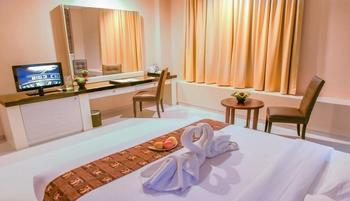 T-MORE Hotel & Lounge Kupang - Deluxe Double Room - Free Antar Jemput Regular Plan