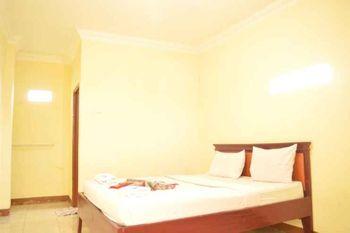 Nusalink Near Jam Gadang Bukittinggi - Standard Room Gajian