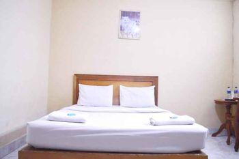 Nusalink Near Jam Gadang Bukittinggi - Family Room Gajian
