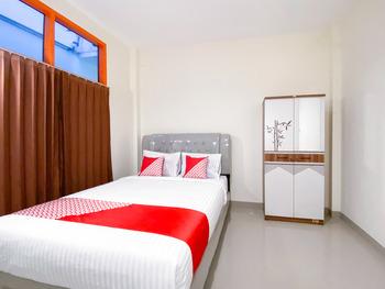 OYO 3092 Falah Residence Syariah Padang - Standard Double Room Promotion