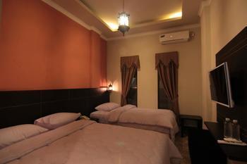 Suria City Hotel Bandung - Deluxe Family Room Regular Plan
