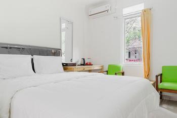 Wisma Minongga Jakarta - Double Room Regular Plan