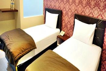 Hotel Lotus  Cirebon - Superior Room with Breakfast Regular Plan