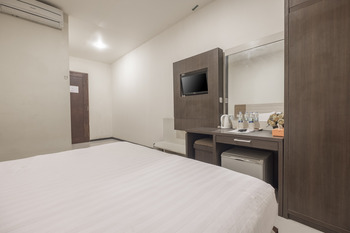 Hotel Agraha Makassar - Superior Double & Twin Room Only Regular Plan