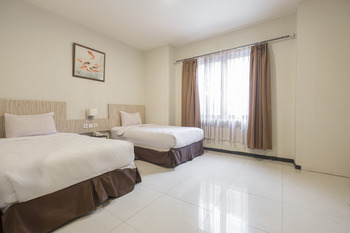 Hotel Agraha Makassar - Executive Double and Twin Room Only Regular Plan