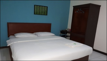 Hotel Rumberpon Sorong - Superior Room Breakfast Regular Plan