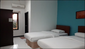 Hotel Rumberpon Sorong - Superior Twin Room Breakfast Regular Plan