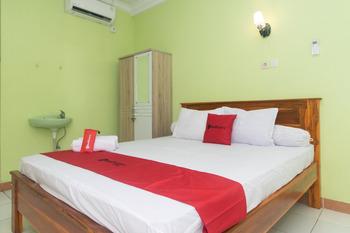 RedDoorz @ Frans Seda Kupang Kupang - Reddoorz Room Best Deal