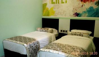 Malang City Boulevard Homestay Klojen - Deluxe Double/Twin Room Only Regular Plan