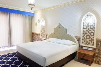 Senyum World Hotel Malang - Deluxe Moroccan Room Regular Plan