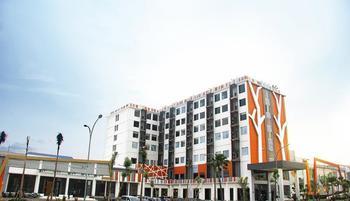 The Sun Hotel Madiun - Executive Suite Room Regular Plan