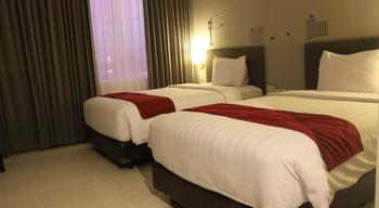 The Sun Hotel Madiun - Deluxe Room Regular Plan