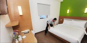 Amaris Hotel Samarinda - Smart Room Twin Staycation Offer Regular Plan