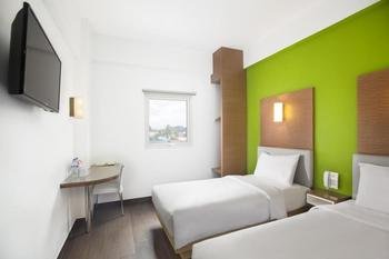 Amaris Hotel Samarinda - Smart Room Twin Offer  Last Minute Deal 2021
