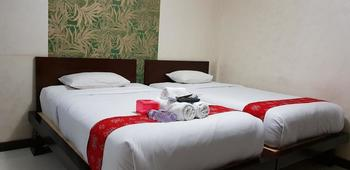 Kristalia Hotel Bandung - Deluxe Twin Room Only Regular Plan