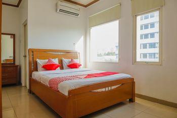 OYO 1252 Puri Inn Jakarta - Deluxe Double Room Regular Plan