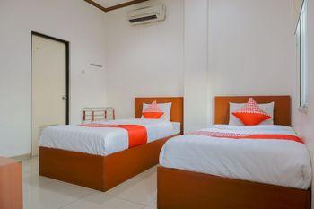 OYO 1252 Puri Inn Jakarta - Deluxe Twin Room Regular Plan