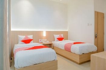 OYO 1252 Puri Inn Jakarta - Suite Twin Regular Plan