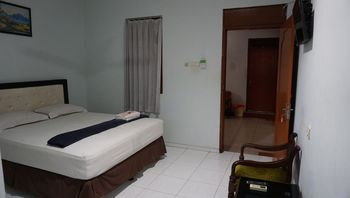 Restu Hotel Yogyakarta Yogyakarta - Standard Double Regular Plan