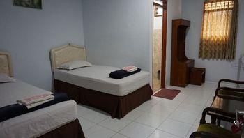 Restu Hotel Yogyakarta Yogyakarta - Standard Twin Regular Plan