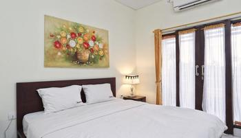 RedDoorz @Benesari 2 Bali - RedDoorz Room Basic Deal Promotion