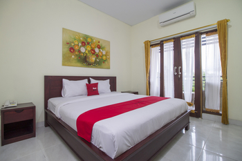 RedDoorz @Benesari 2 Bali - RedDoorz Room Basic Deals Promotion