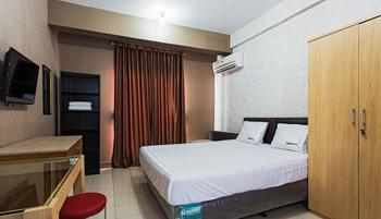 RedDoorz Apartment @ Sunter Park View