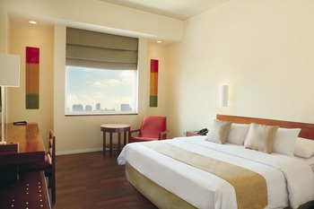 Sparks Luxe Jakarta Jakarta - Deluxe - Room Only Long Stay Offer