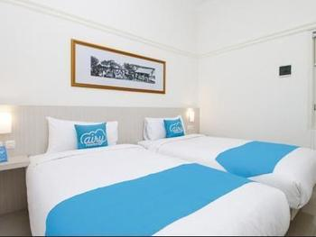 Airy Blimbing Ciujung 7 Malang - Deluxe Twin Room Only Regular Plan