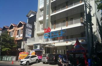 Tab Capsule Hotel @ Kayoon - Surabaya