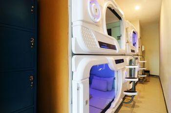 Tab Capsule Surabaya Surabaya - 8 single Capsule with private Bathroom Minimum Stay Deal