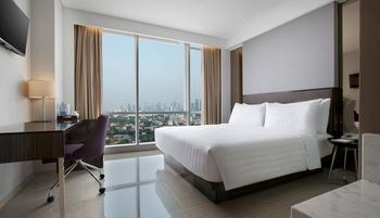 Hotel Santika Premiere Hayam Wuruk - Executive Room King Special Offer Regular Plan