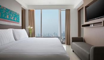 Hotel Santika Premiere Hayam Wuruk - Santika Suite Room King Regular Plan