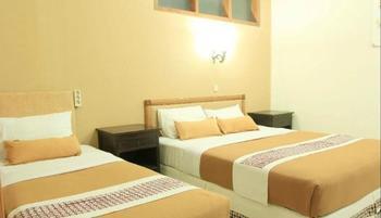 Hotel Mataram 2 Yogyakarta - Family Room Only 1 Double Bed 1 Single Bed Regular Plan
